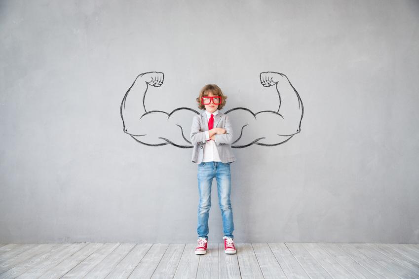 Illustration enfant et gros muscles
